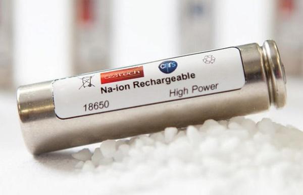 Натриевые батареи, литий-ионные аккумуляторы