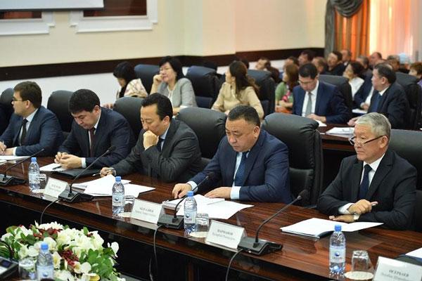 14 проектов по возобновляемым источникам энергии реализуют в Южном Казахстане