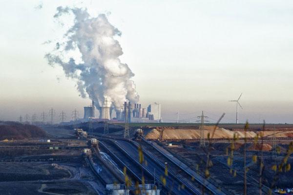 Чтобы разгрузить электросети, в Германии будут закрывать угольные ТЭС. И наращивать ВИЭ